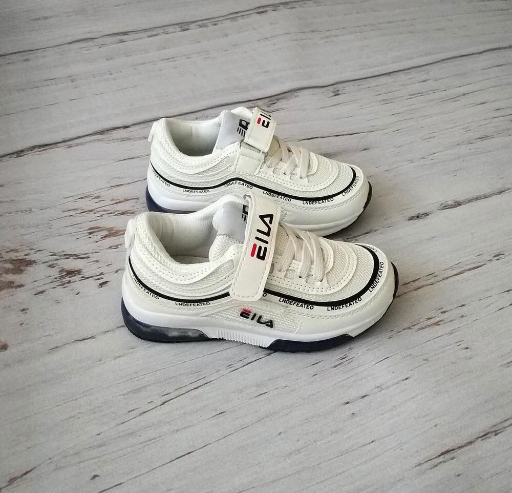 Большой выбор кроссовок  фото №1