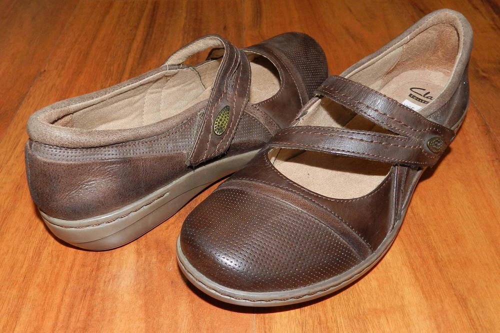 Clarks ! шикарные, легкие полностью кожаные туфли фото №1