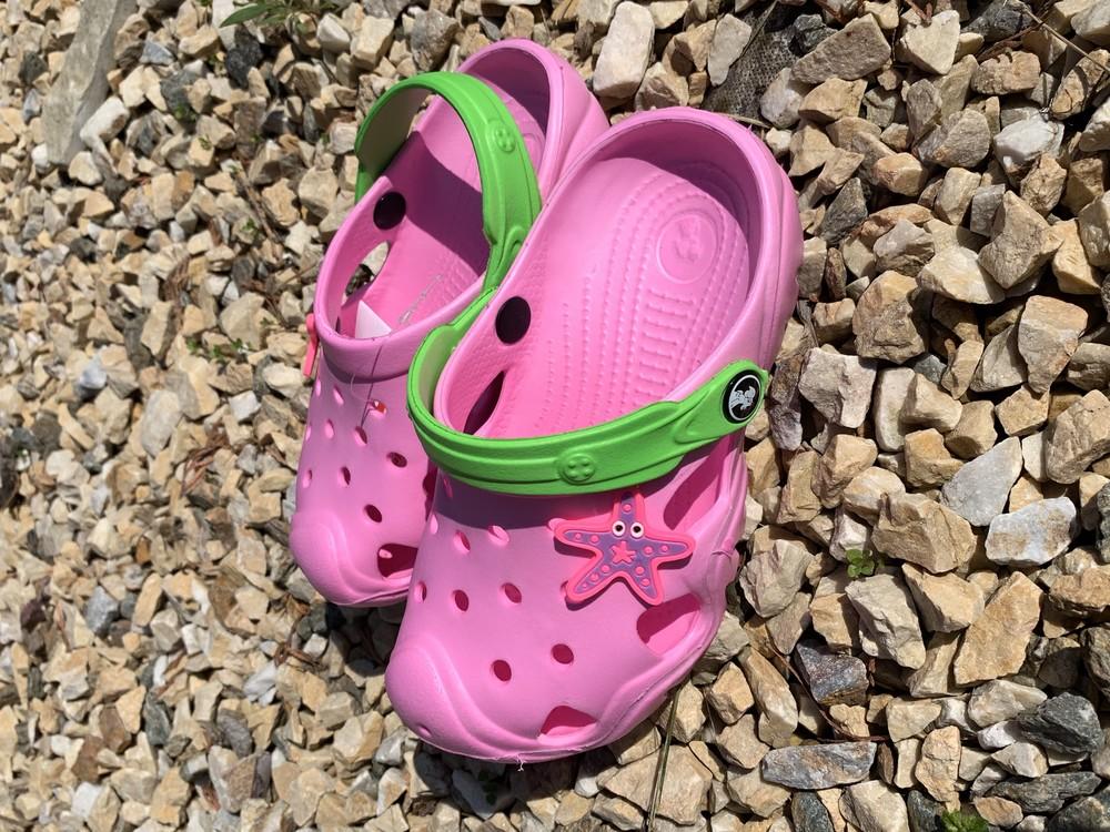 Кроксы - сабо для девочки от 5-10 лет, розвого цвета фото №1