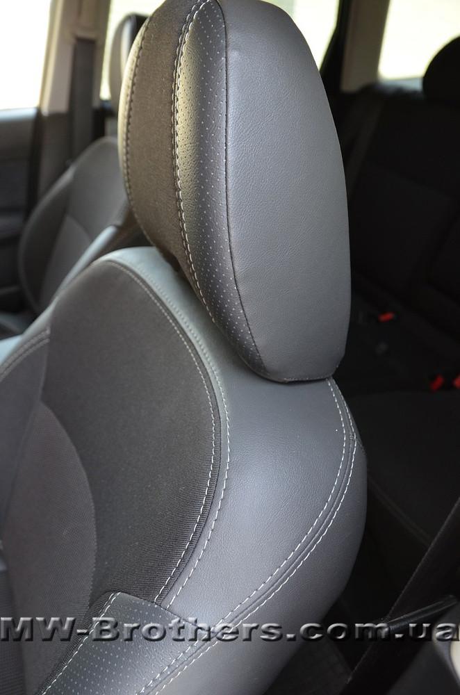Современные автомобильные чехлы для сидения на subaru. фото №1