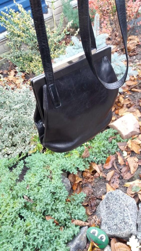 Шикарная кожаная черная сумка италия фото №1