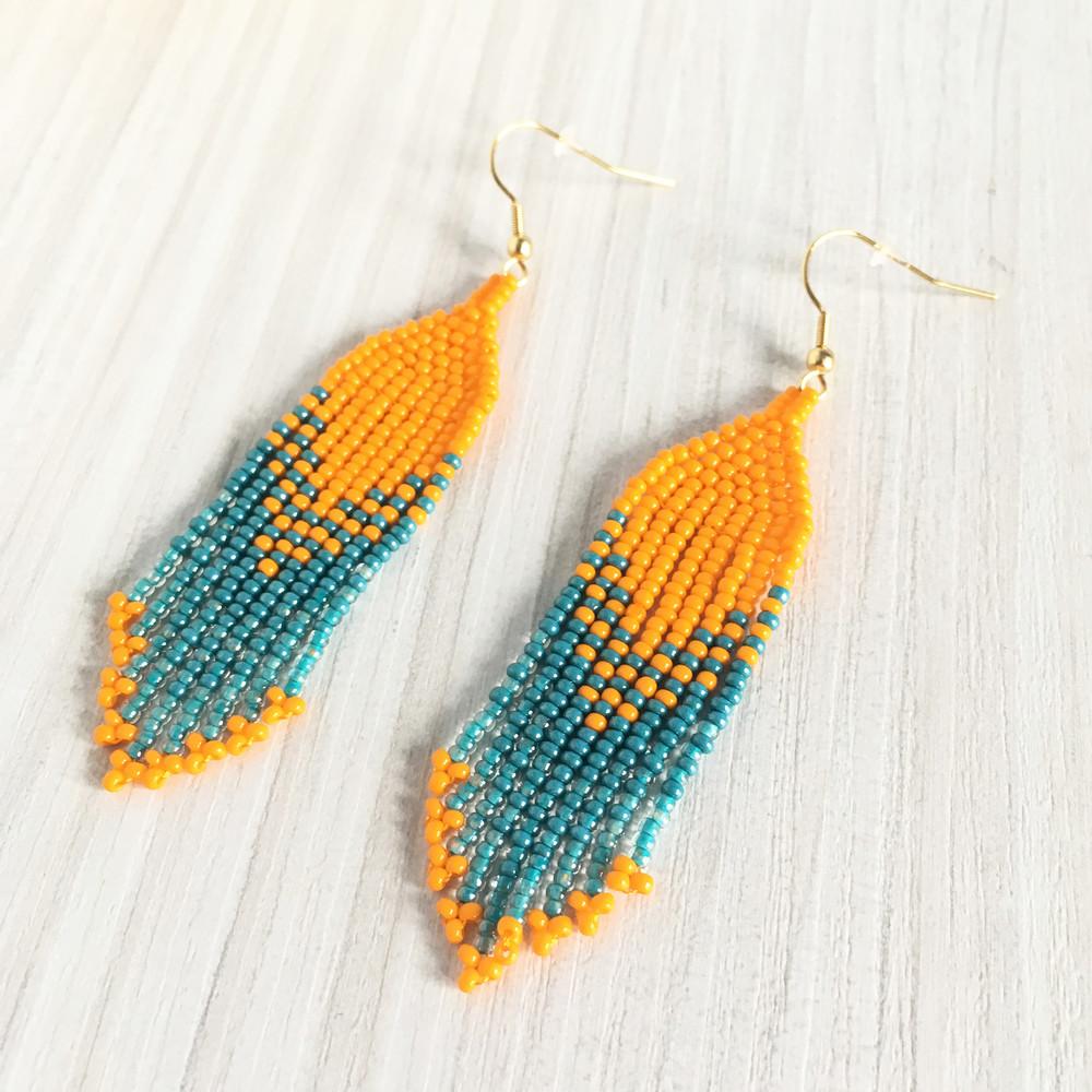 Оранжево-голубые серьги бахрома из бисера фото №1