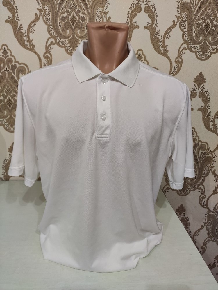 Мужская белая футболка поло фото №1