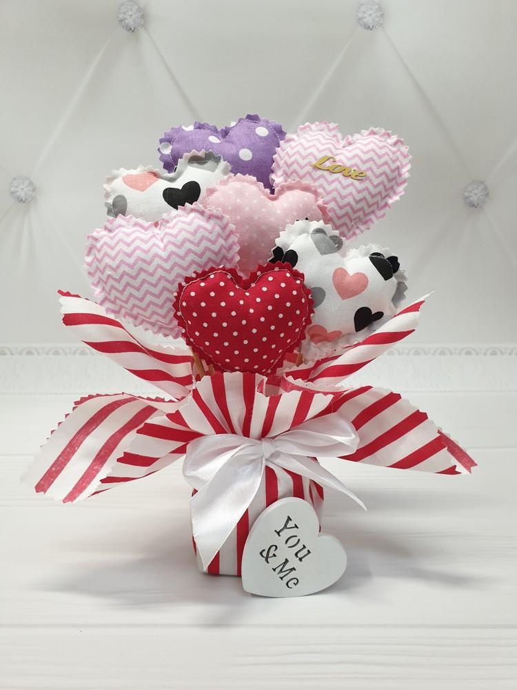 Букет из сердечек на день валентина фото №1