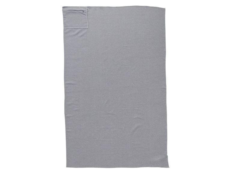 Спортивное полотенце crivit, 80 x 130 см из микрофибры с карманом фото №1