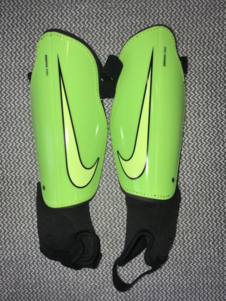 Щитки 170-180 см футбольные nike charge протектори защита захист фото №1