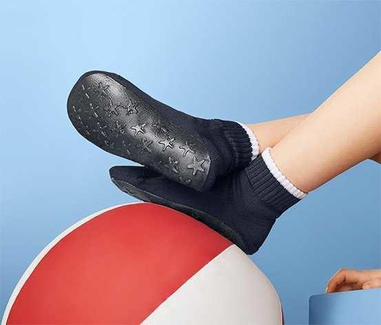 Носки для бассейна tcm tchibo 31-34 чешки нескользкие с резиновой подошвой акватапки чибо тсм фото №1