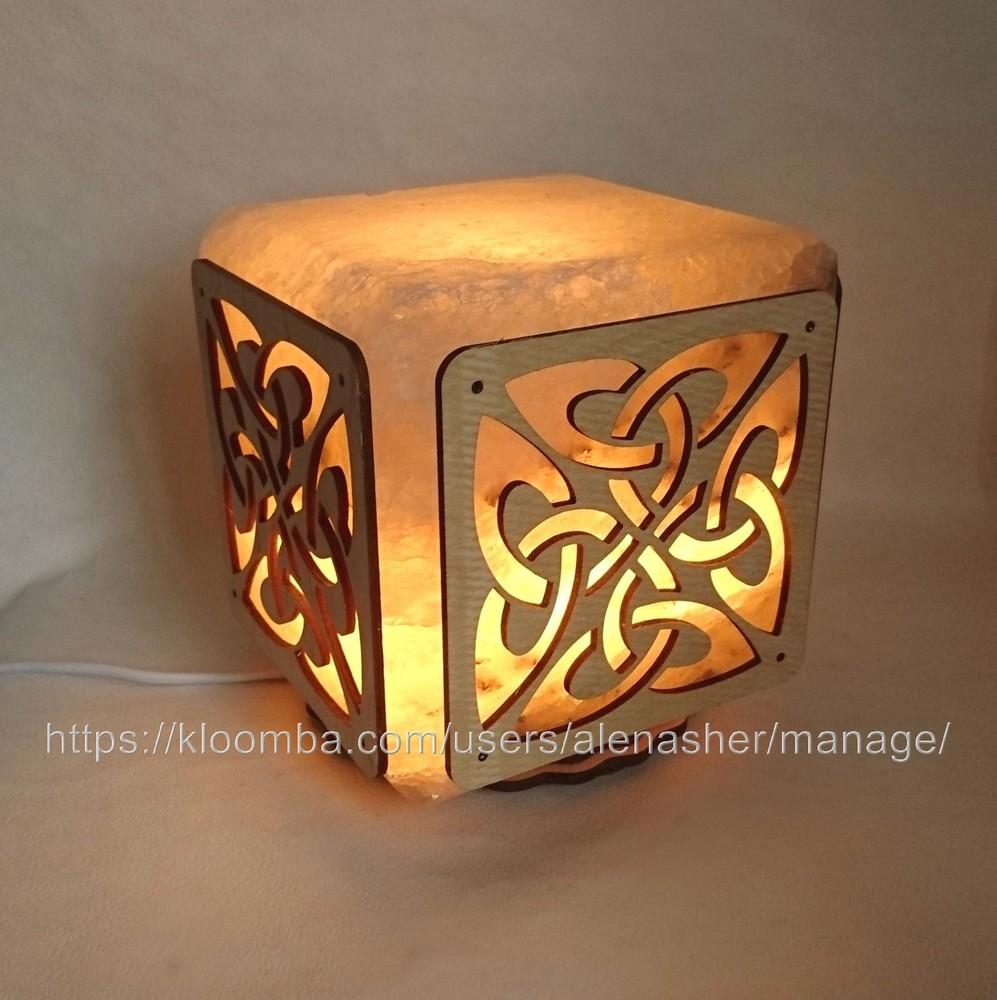 Соляной светильник куб средний с узором фото №1