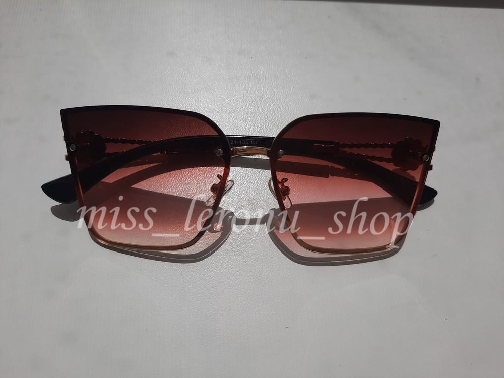Сонцезахисні окуляри фото №1