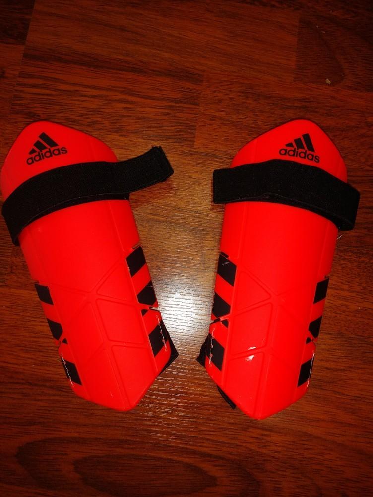 Футбольные щитки adidas ghost lite модель cf2414 фото №1