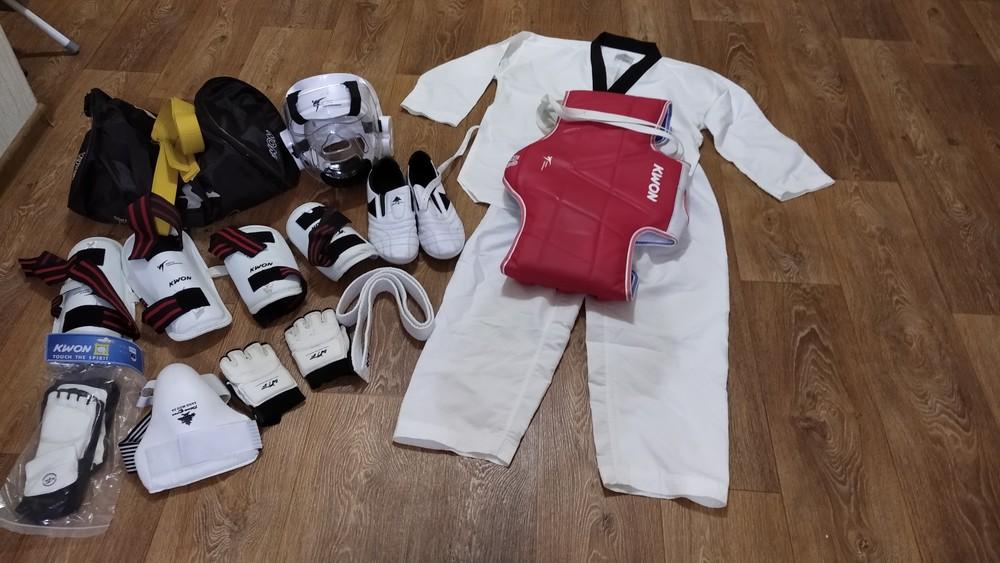 Форма тхеквондо из защита, перчатки, степки фото №1